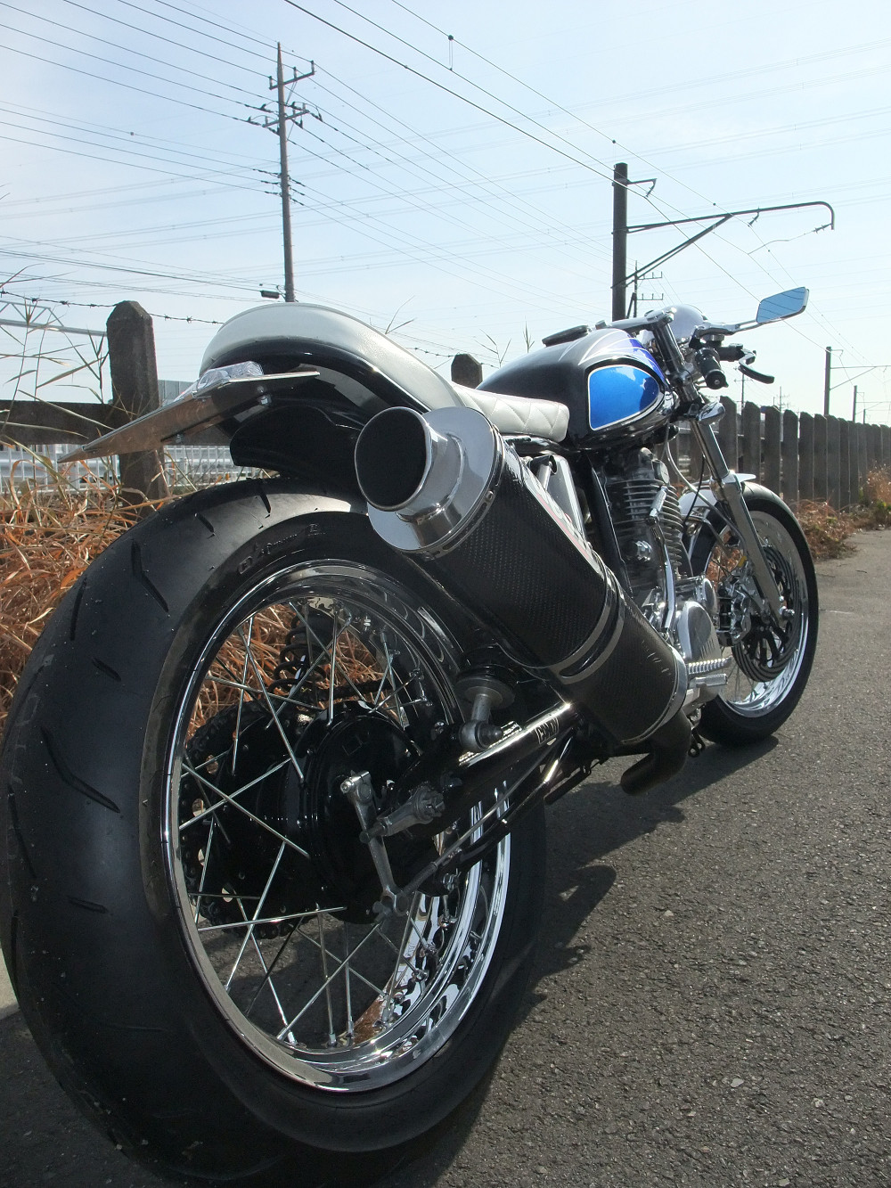 SR400 カスタムバイク